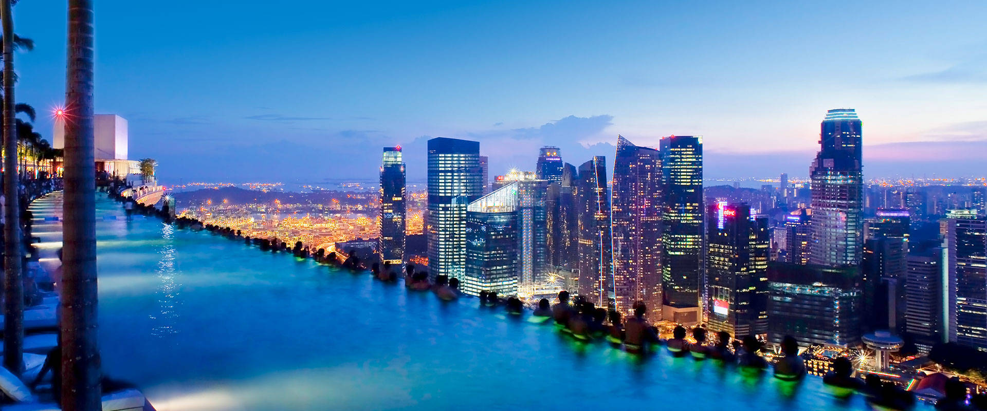Marina bay sands singapore skyline view aglaia - Singapur skyline pool ...